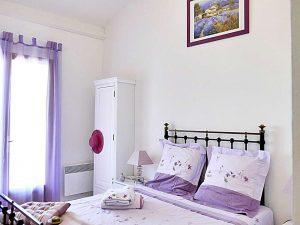 """villa terre brulee chambre lavande 10 1024x768 300x225 - """"Villa Terre-Brûlée"""" vous accueille tout près des calanques..."""